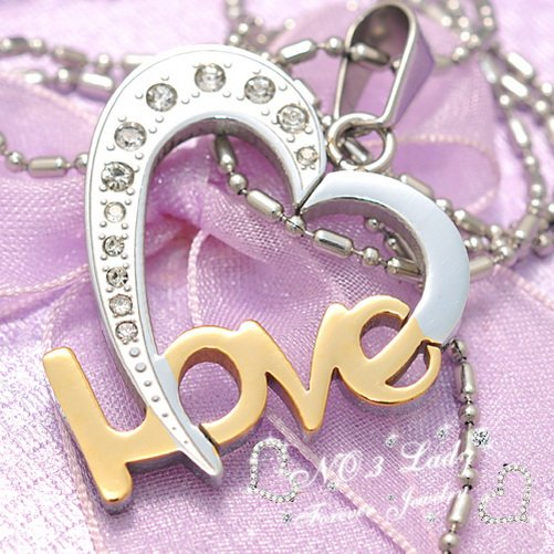 Love Heart Pendant Necklace Fashion Jewelry For Girlfriend
