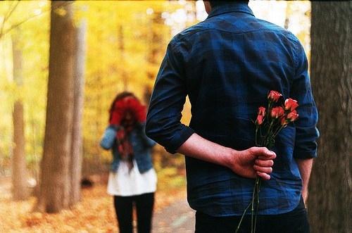 Love Valentines Day-fresh--flowers-with-girlfriend-boyfrind