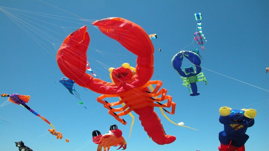 Scorpio_Latest_Different_Style_Kites_in_Makar_Sankranti_Indian_Festival_HD_Wallpapers