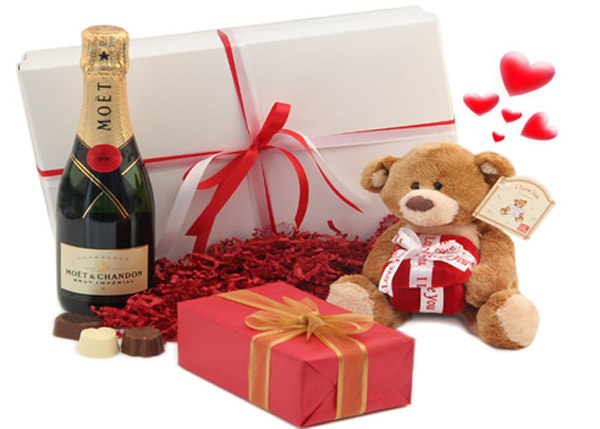 ideas-of-valentines-day-gift-for-him-2016