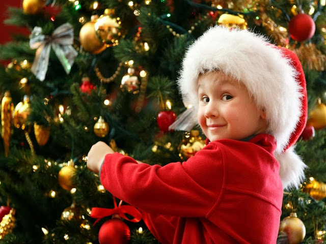 merry-christmas-cute-kids-hd-wallpapers