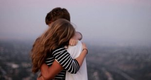Hug-Day-special days for lovers