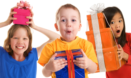 Make Your Kid Feel Special With Unique Gifts_2015