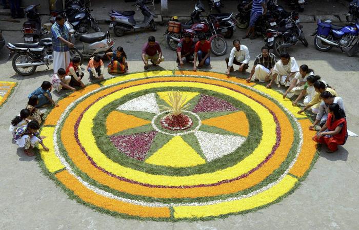 onam-rangoli-2 -Onam-Festival-Beautiful-Pookalam-Rangoli-Designs