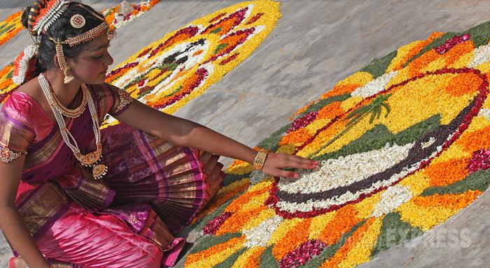 onam-rangoli-Onam-Festival-Beautiful-Pookalam-Rangoli-Designs-2015