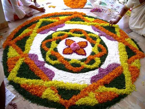 onam-rangoli-Onam-Festival-Beautiful-Pookalam-Rangoli-Designs