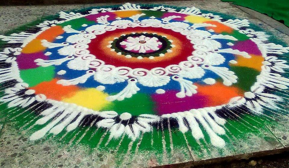 Rangoli-Designs-ganpatiCOLOURFUL-RANGOLI