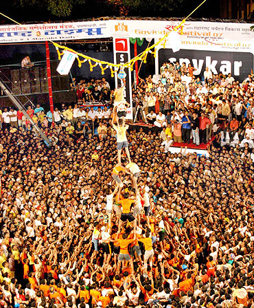dahi-handi-images-wallpapers-photo-2015-4