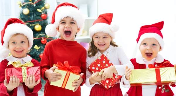 Christmas_Party_Ideas-and-gifts-for-kids