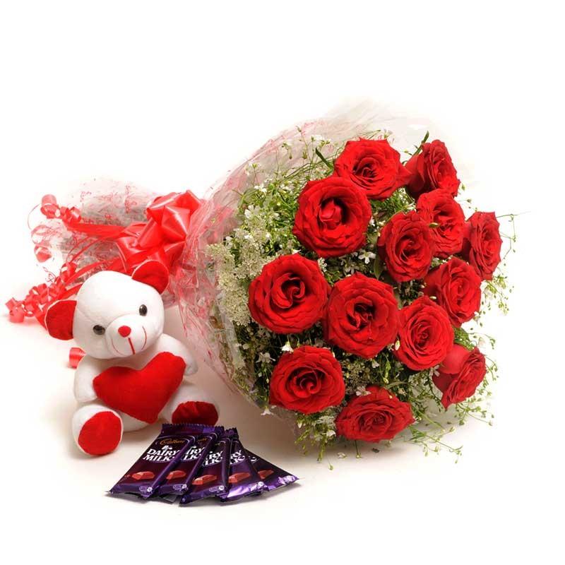 Fresh-Flower_Combo_Valentine_Gift_Combo