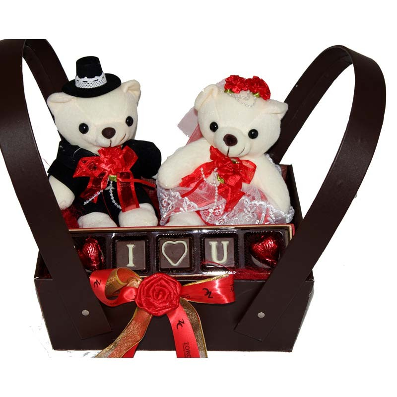 Zoroy_The_Perfect_Couple_Gift_Hamper_Valentines Day Gifts