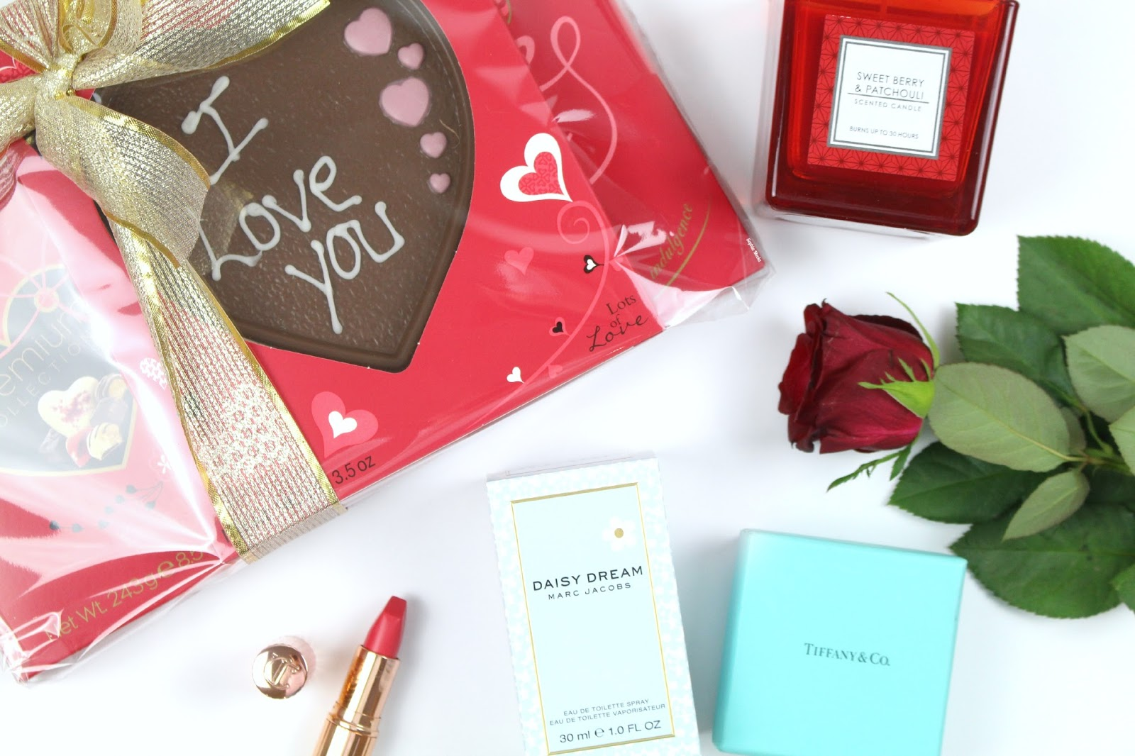 LAST MINUTE VALENTINES GIFT GUIDE FOR HER