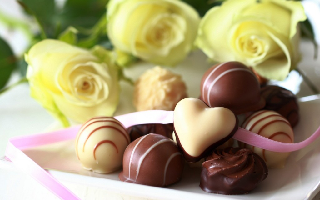 chocolate_candies_flowers