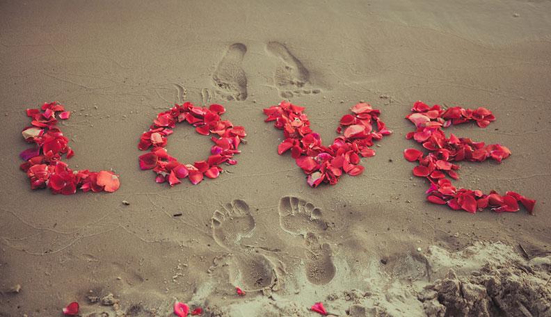 memorable-proposals-Romantic Propose Lines