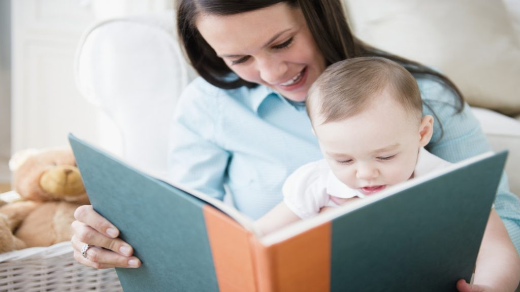 Mom-and-Baby-reading-wallpapers-mothers day