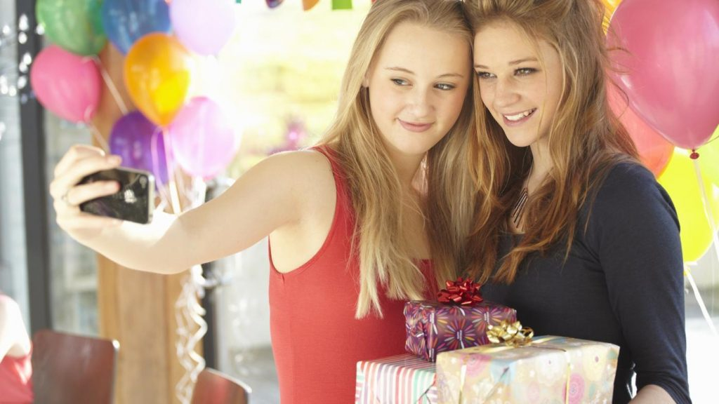 good-birthday-gifts-teens