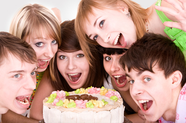 teens-at-birthday-party-and-gift-ideas