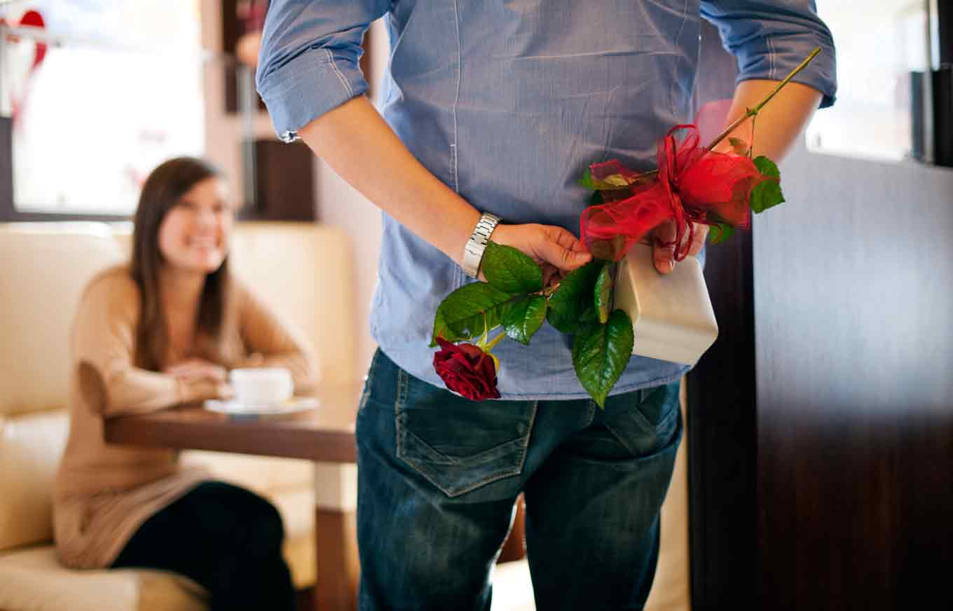 valentines-day-gift-red-rose-gift-forwife-girlfriend-her