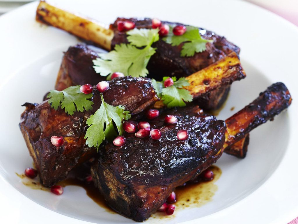 pomegranate-glazed-lamb-shanks